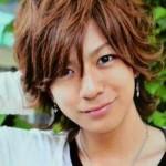 三浦翔平、ホテル・コンシェルジュの髪型がイケメンすぎる!? 彼女の本田翼とのフライデー熱愛画像流出!?